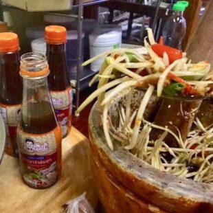 nước sốt trộn gỏi Thái Lan hiệu Jawirat